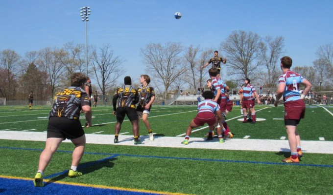Aspetuck goes up for the lineout. Alex Goff photo.