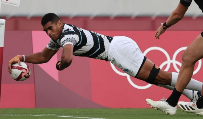Fiji goes in for the score. Mike Lee KLC fotos for World Rugby.