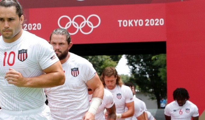 The USA runs out. Mike Lee KLC fotos for World Rugby.