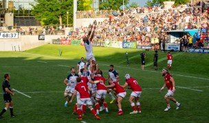 The USA Men's team takes a lineout against Canada in Glendale, Colo. David Barpal photo.