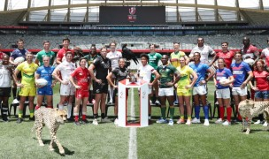 Captains for the 2019 Cape Town 7s plus some local animals pose for Mike Lee of KLC Fotos for World Rugby.