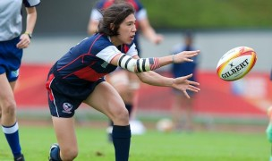 Jossie Tseng snaps the ball out for the USA in the 2014 Rugby World Cup. Ian Muir photo.