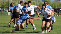Genesis found a little space in a defensive game. Daliny Jones photo.