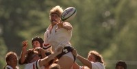 Fitz wins a lineout in the 1998 Rugby World Cup.