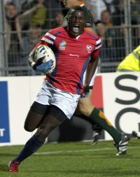 Ngwenya about to touch down against South Africa in 2007. Ian Muir photo.