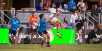 Yes he can jump. Mike Te'o goes up for the high ball against Italy. David Barpal photo.