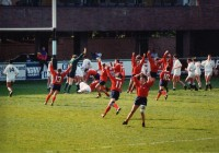 The USA celebrates one of Clair Godwin's two tries in the 1991 RWC final.